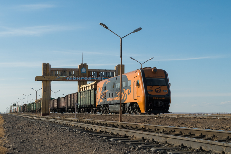 Freights at Erlian checkpoint to be loaded to Ulaanbaatar Railway JSC trains