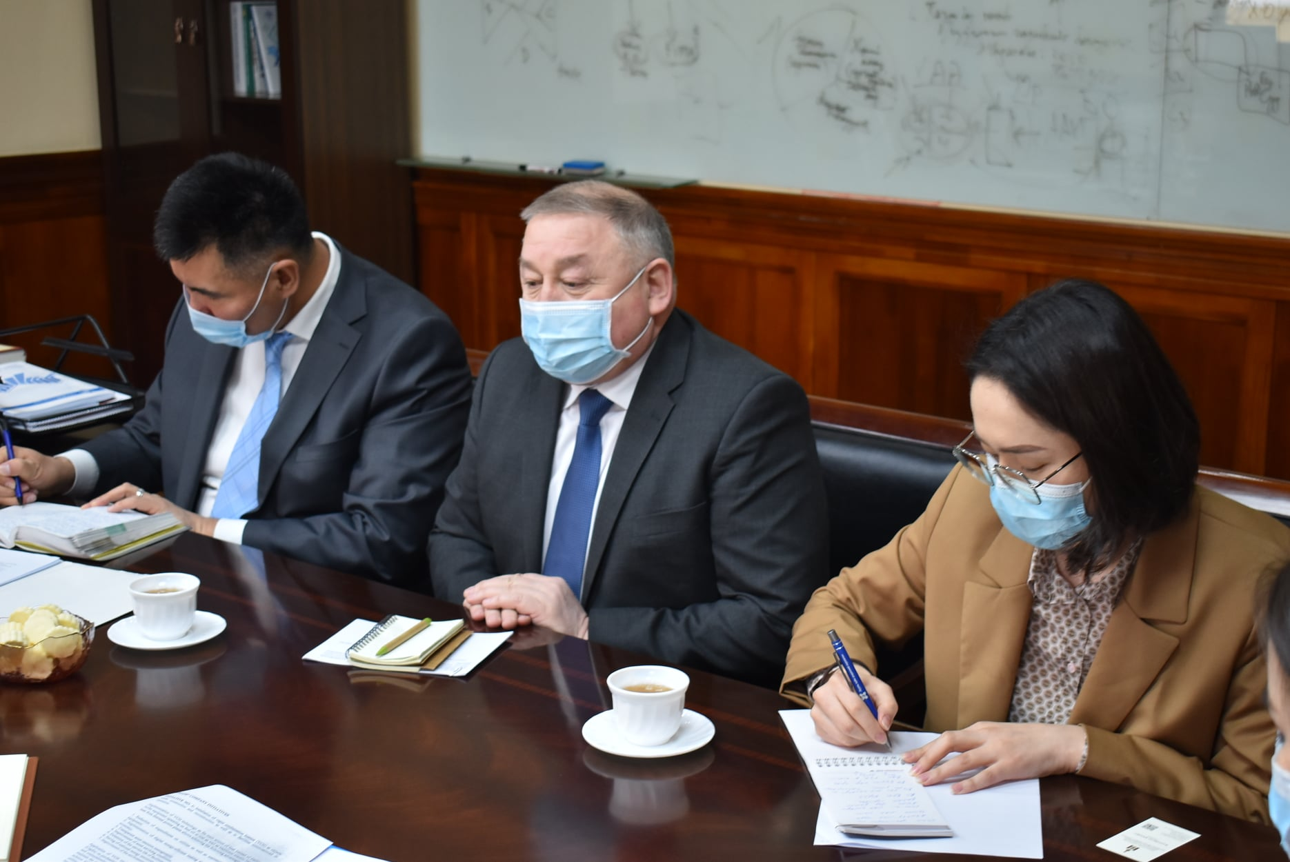 An official meeting was held with the Ambassador of the Republic of Kazakhstan and other representatives